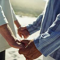 Почему дружеские отношения со временем становятся лучше, а супружеские – хуже?