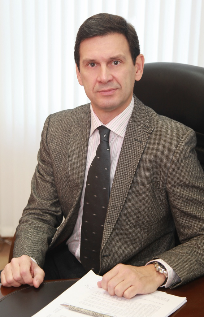 Professor Oleg Glazachev, Dean for international student
